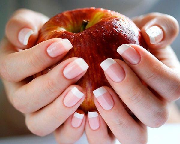 Как вылечить ногти после наращивания натуральными средствами