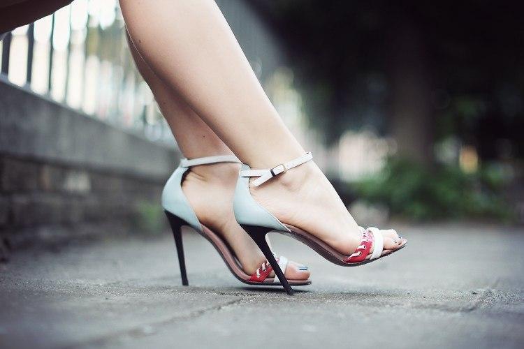 Носить открытую обувь - лучшая профилактика