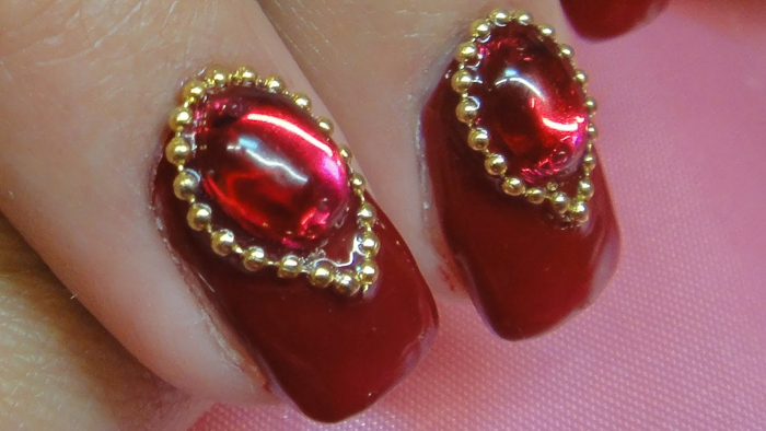 жидкий камень на ногтях2