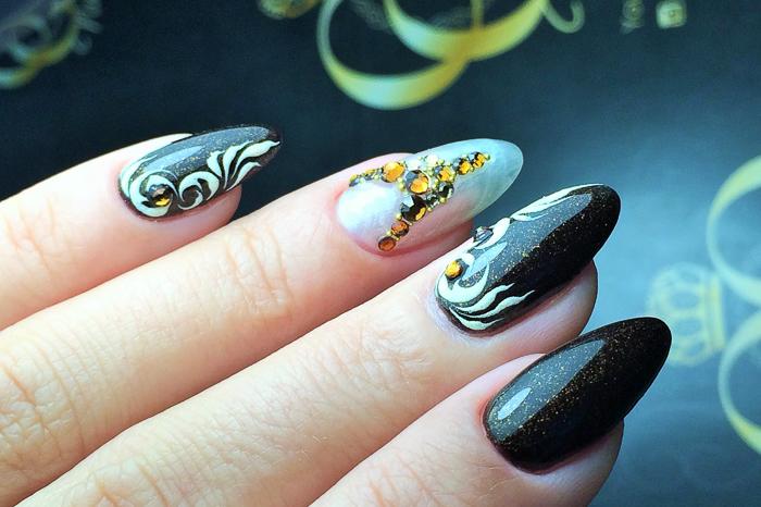 Литье на ногтях (2)