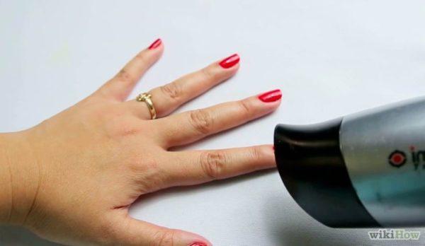 высушить лак на ногтях-4